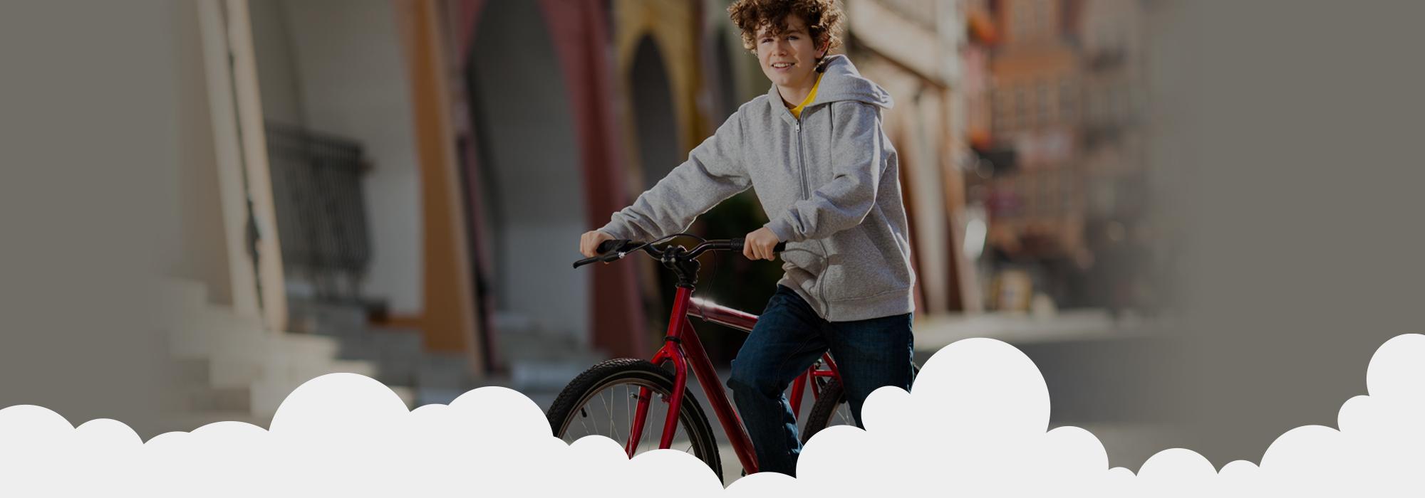 Aprila 2021 smo podarili kolo 10 letnemu fantu iz Ljubljane